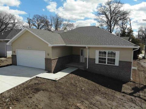Photo of 1017 Arthur, Beatrice, NE 68310