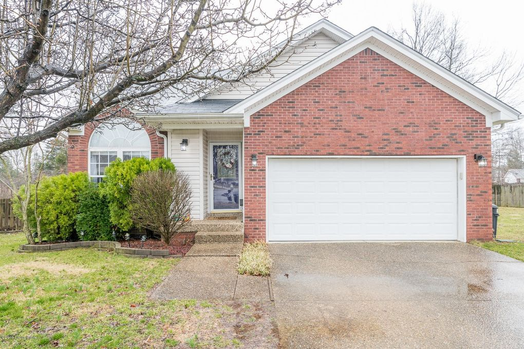 11125 Meadow Chase Ct, Louisville, KY 40229