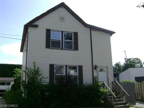 1533 W 102nd St, Cleveland, OH 44102