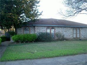 2734 Meadow Gate Ln, Dallas, TX 75237