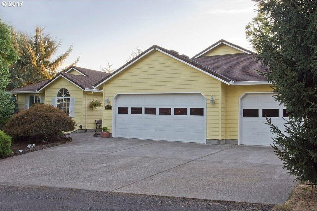 10935 Se Spruce View Ln, Happy Valley, OR 97086
