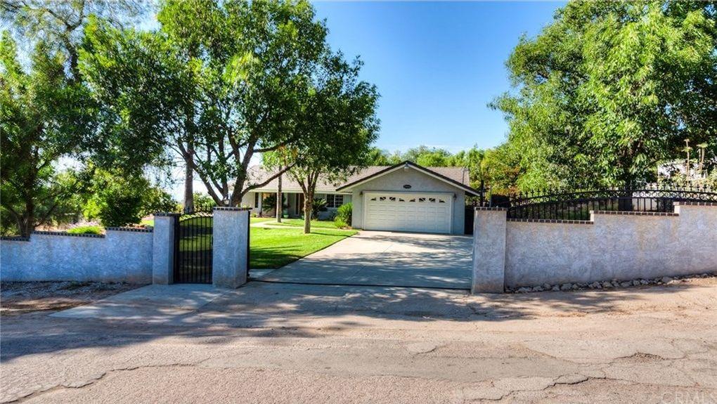 17660 Mariposa Ave, Riverside, CA 92504
