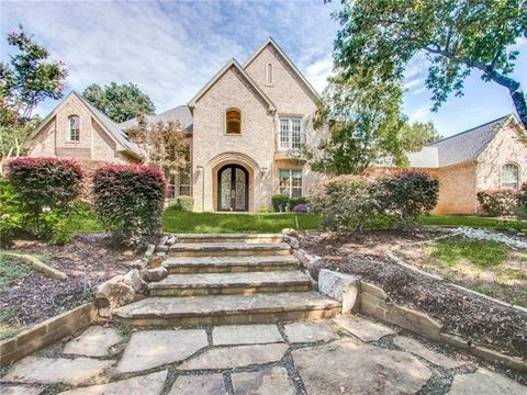 Photo of 5300 Clear Creek Dr, Flower Mound, TX 75022