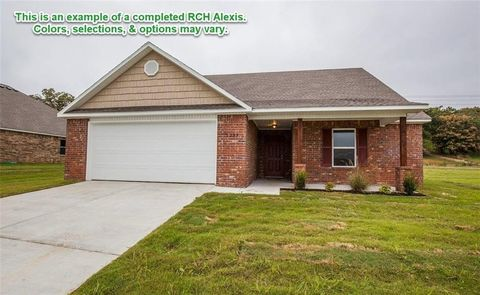 Photo of 2404 Hickory Wood Dr, Lowell, AR 72745