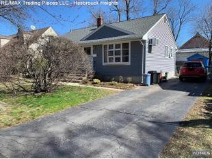<div>200 Field Ave</div><div>Hasbrouck Heights, New Jersey 07604</div>