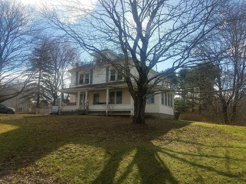 Photo of 397 Main St, Warren, ME 04864