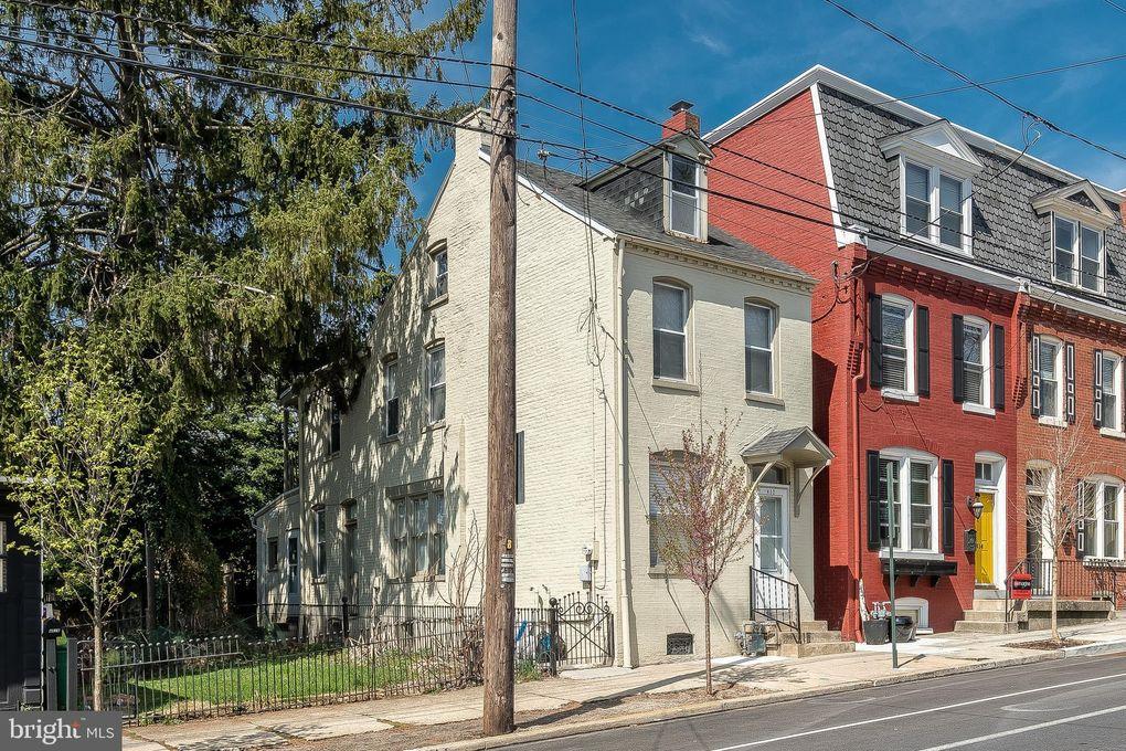 412 N Charlotte St, Lancaster, PA 17603
