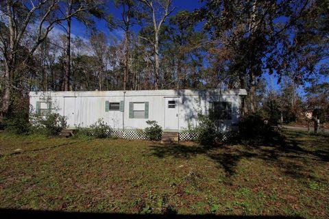 177 Duck Ave, Wewahitchka, FL 32465