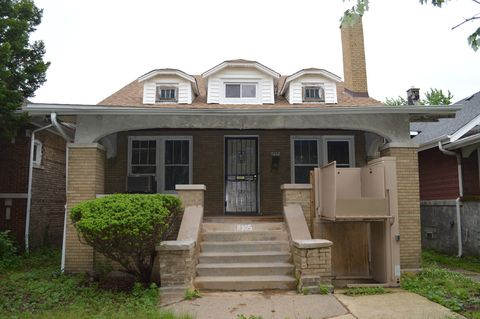 11305 S Lowe Ave, Chicago, IL 60628