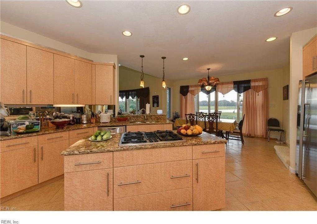 Club Rd Suffolk VA Realtorcom - Kitchen remodeling suffolk va