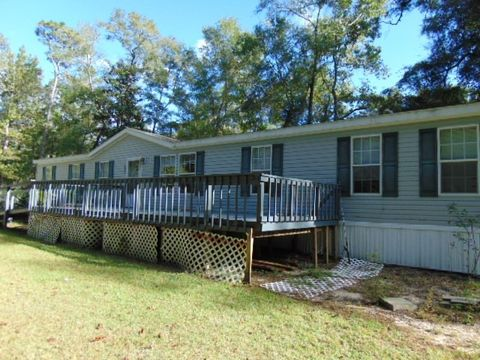 1628 Spring Creek Hwy, Crawfordville, FL 32327