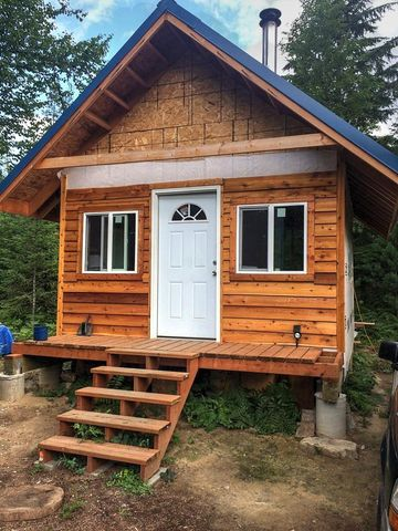 Photo of 250 Sitting Bull Rd, Sandpoint, ID 83864