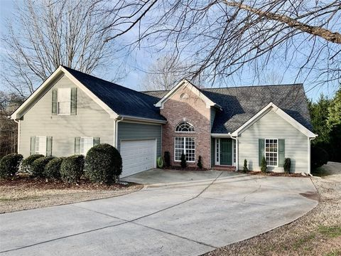 Photo of 8930 Watersedge Ct, Gainesville, GA 30506