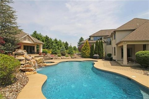 4242 W Wyndemere Cir, Lowhill Township, PA 18078