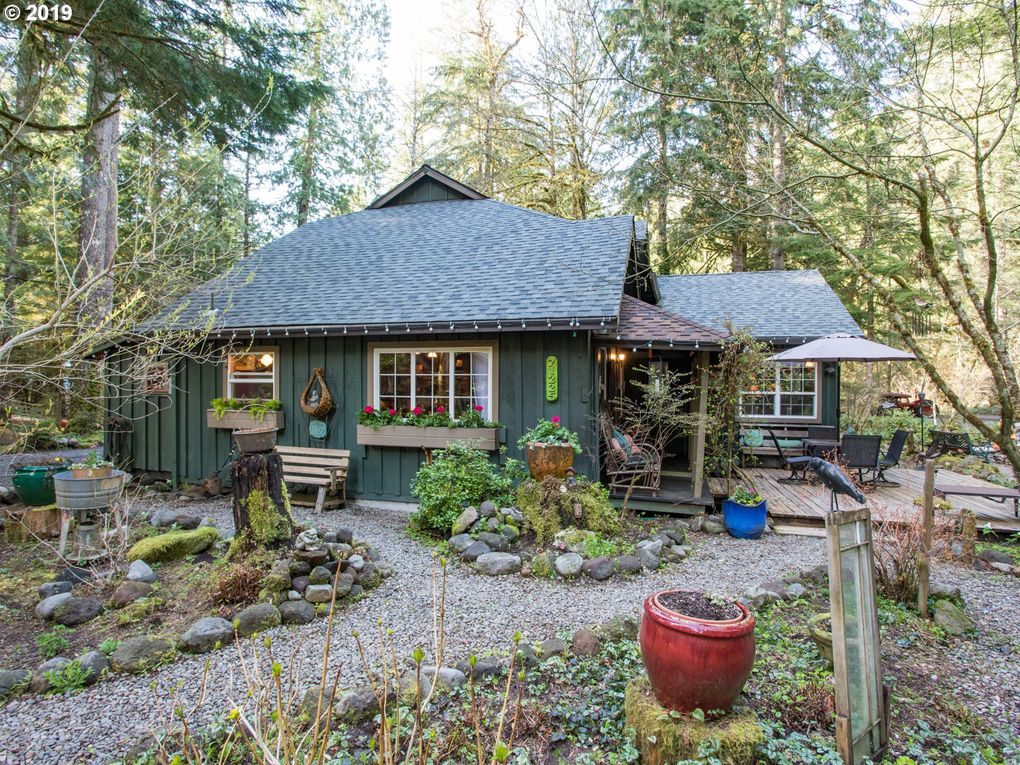 71225 E McFarland Rd Rhododendron, OR 97049