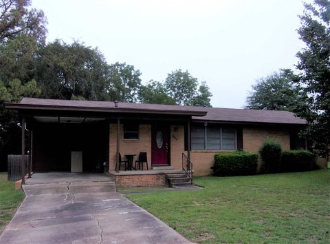 502 Smith St, Henderson, TX 75654