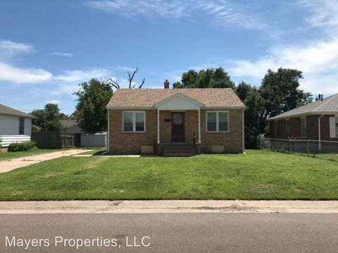 Photo of 3201 Meadowlark Ln, Great Bend, KS 67530