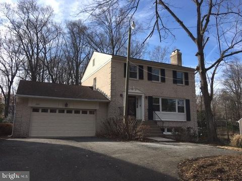 Photo of 6881 Churchill Rd, McLean, VA 22101