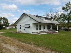 Photo of 530 W Commercial St, Mansfield, MO 65704