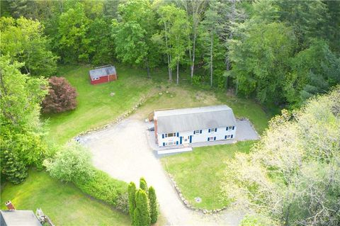 Photo of 19 B Old Creamery Rd, Colebrook, CT 06021