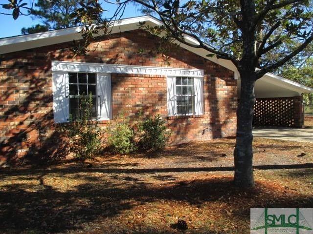 102 Deal St, Hinesville, GA 31313