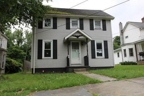 72 Liberty St, Smithfield, PA 15478