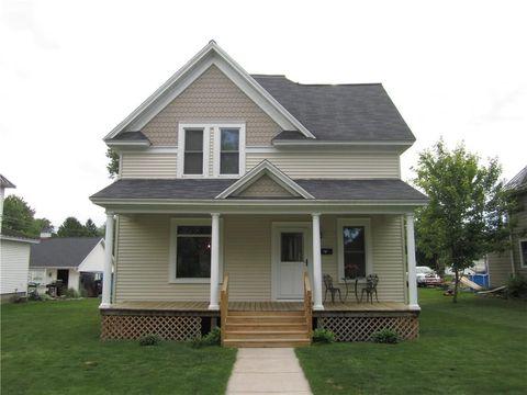 1727 Jackson St, Bloomer, WI 54724