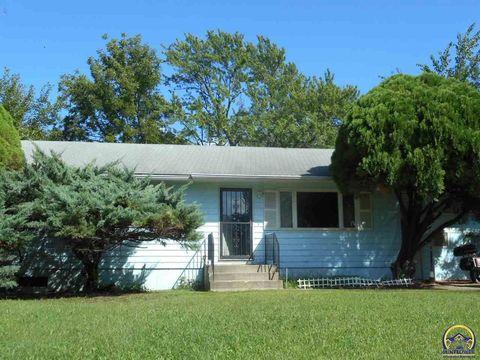 1930 Se Maryland Ave, Topeka, KS 66607