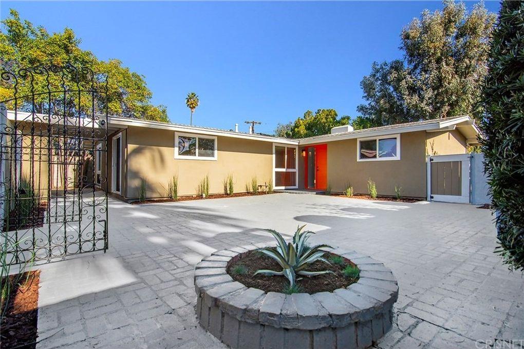 6554 Gazette Ave Winnetka, CA 91306