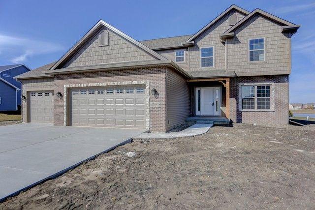 1704 Eagle Rd, Champaign, IL 61822