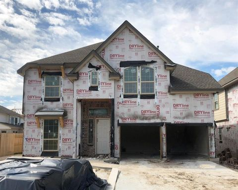 Photo of 15411 Timber Plateau Dr, Humble, TX 77396