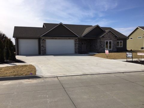 Photo of 2733 N Tobacco Rd, Manhattan, KS 66503