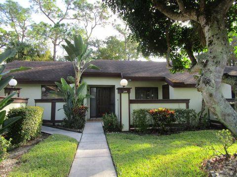 Photo of 299 Cactus Hill Ct, Royal Palm Beach, FL 33411