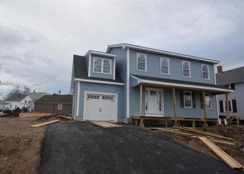 Photo of 397 Kenyon Ave, Pawtucket, RI 02861