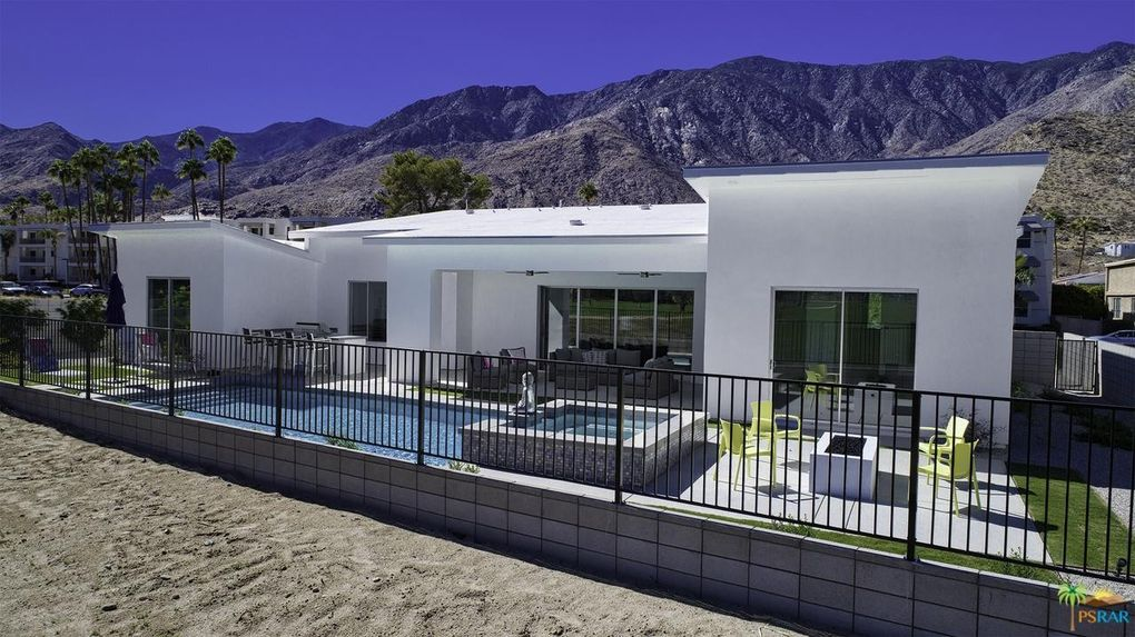 2740 S Sierra Madre, Palm Springs, CA 92264