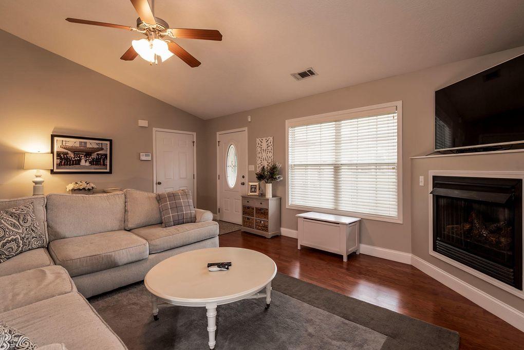 6711 Casa Bella Dr, Knoxville, TN 37918