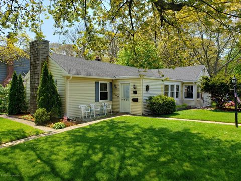 Photo of 158 Monmouth Rd, Oakhurst, NJ 07755