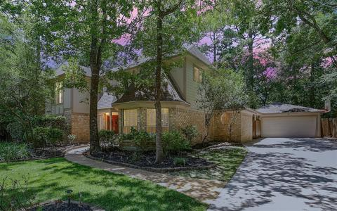 64 Indian Clover Dr, The Woodlands, TX 77381