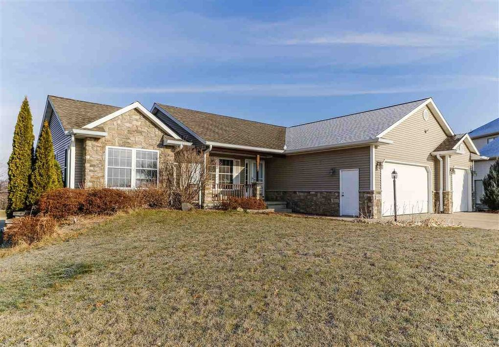 6525 Harvest Moon Ct, Waunakee, WI 53597