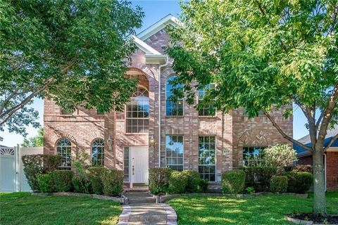 5831 Bentley Ln, The Colony, TX 75056