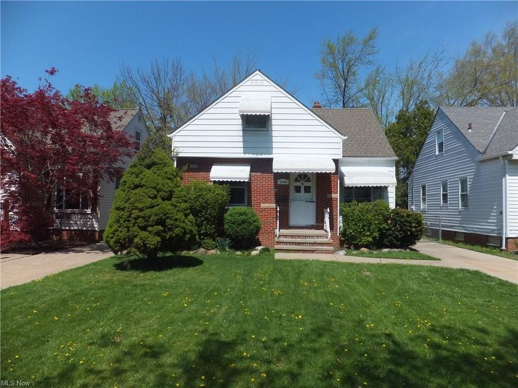 5110 Grantwood Dr Parma, OH 44134