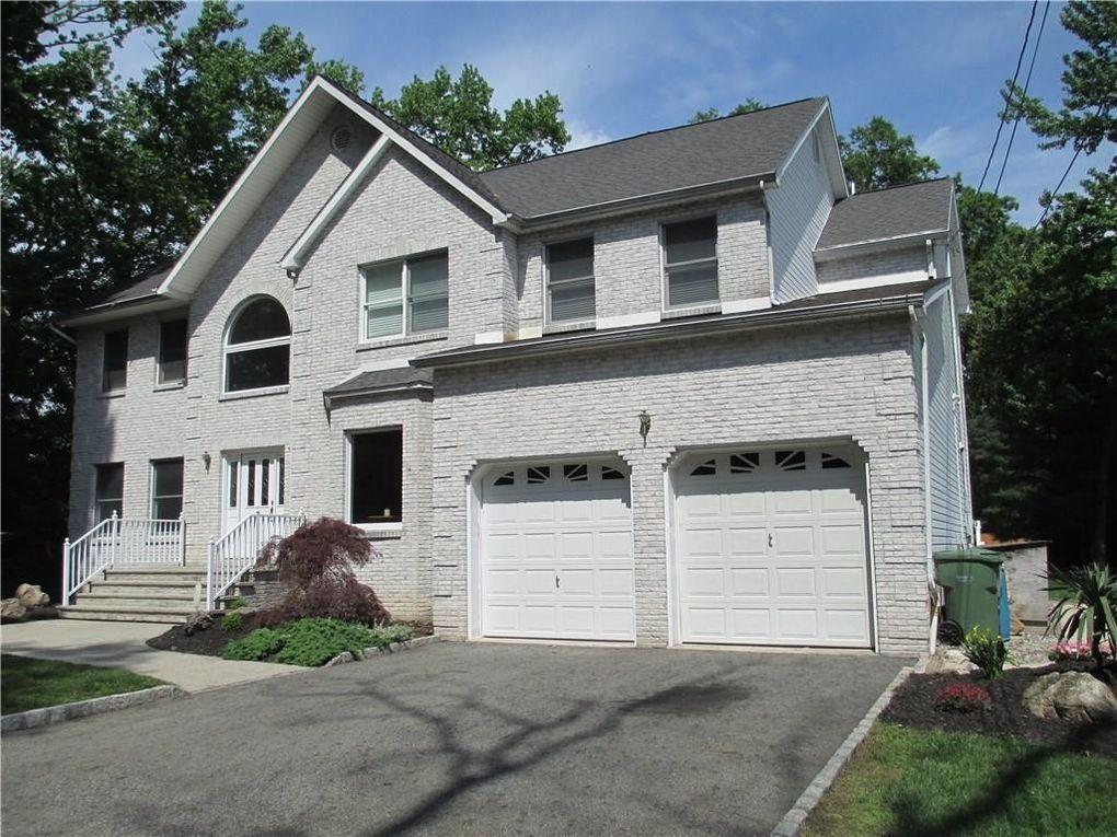 60 Aldrich Ave, Edison, NJ 08820