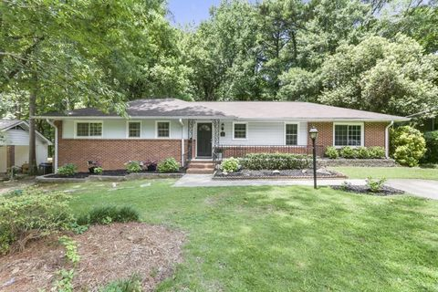 Photo of 2594 Warwick Cir Ne, Atlanta, GA 30345