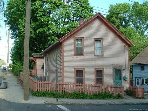129 Walnut St, Windham, CT 06226