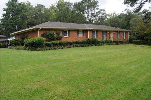 Photo of 398 Singleton St, Auburn, AL 36830