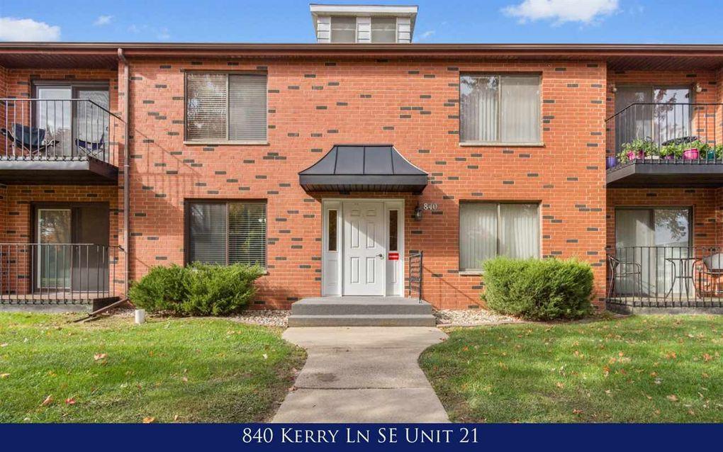 840 Kerry Ln SE Cedar Rapids, IA 52403