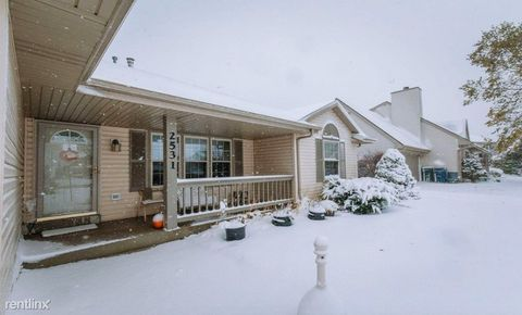 Photo of 2531 E Forest Hill Ave, Oak Creek, WI 53154