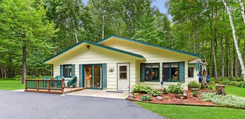 36790 Bonnie Lakes Rd, Crosslake, MN 56442