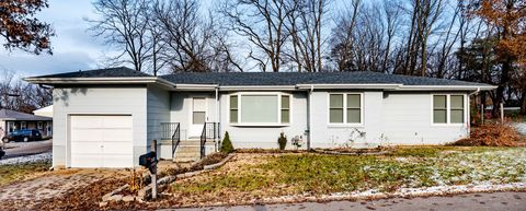 Photo of 2605 Olive St, Columbia, MO 65202