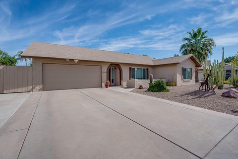 Photo of 1060 E Hope St, Mesa, AZ 85203